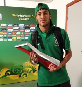Neymar e Paulinho 63af5004e8af7