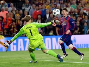 Messi, no momento do segundo gol contra o Bayern - Emilio Morenatti AP/AE