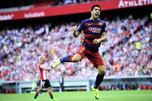 Luis Suárez celebra o gol em Bilbao