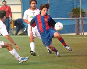 Messi, no dia que marcou quatro gols em 25 minutos ao Sevilla na Copa do Rei juvenil