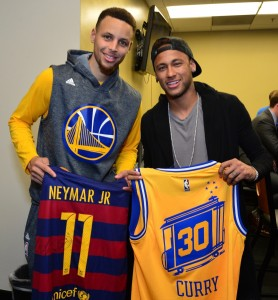 O encontro de Neymar e Curry