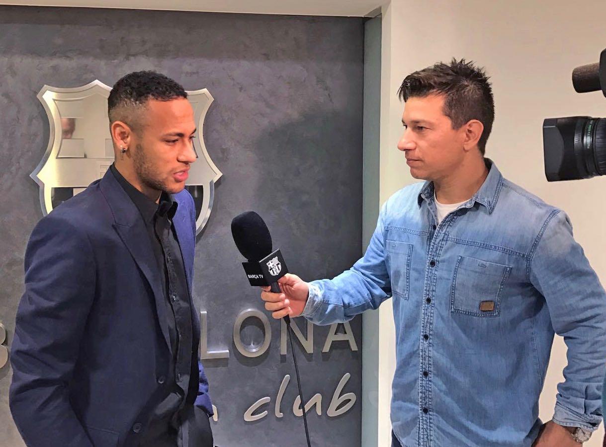 """Neymar: """"Me sinto em casa e feliz"""""""