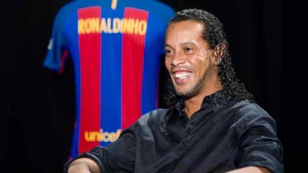 """Ronaldinho: """"Estou muito feliz por voltar ao Barça"""""""