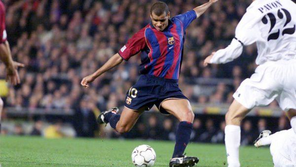 Rivaldo com a camisa do Barça