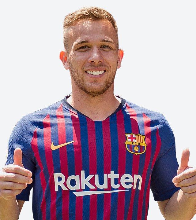 Arthur empolgou a torcida e imprensa catalã após sua estreia no Barça
