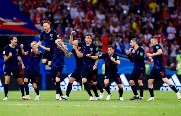 Os craques da Croácia celebram a classificação
