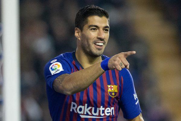 Suárez celebra um dos gols que marcou na vitória contra o Rayo, pela Liga Espanhola (2-3)