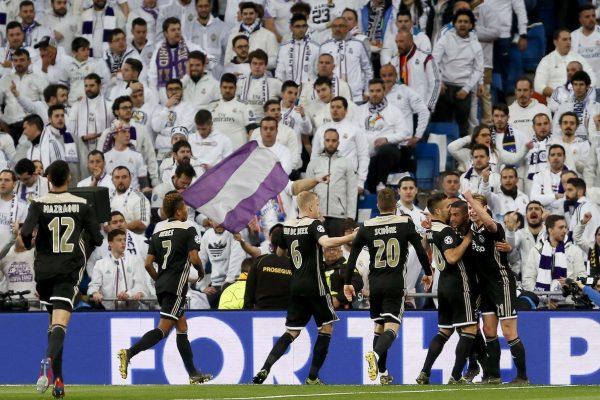Os craques do Ajax fazendo a festa no Bernabéu