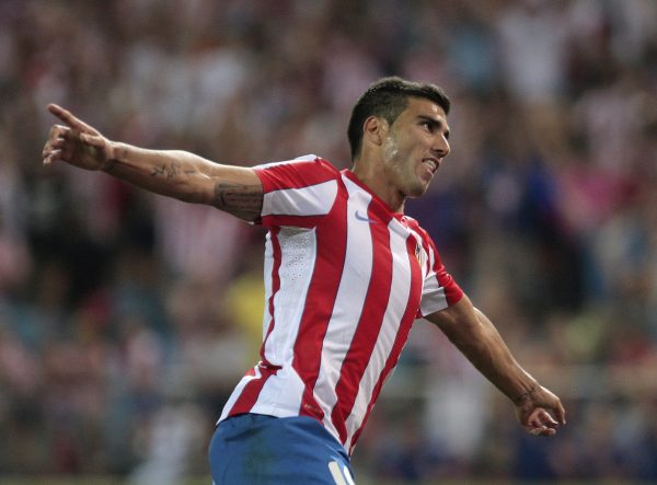 Reyes, em 2011, com a camisa do Atlético de Madrid
