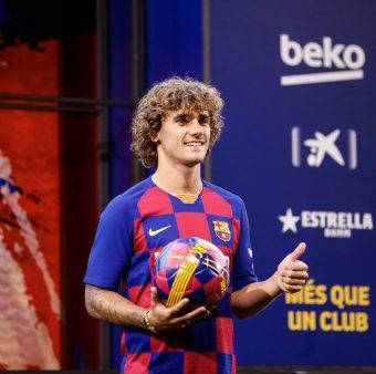 Griezmann na sua apresentação no Camp Nou / FCB