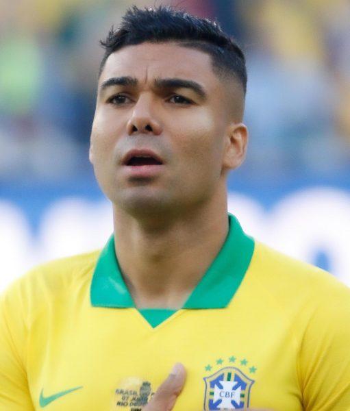 Casemiro durante um jogo da Seleção Brasileira.