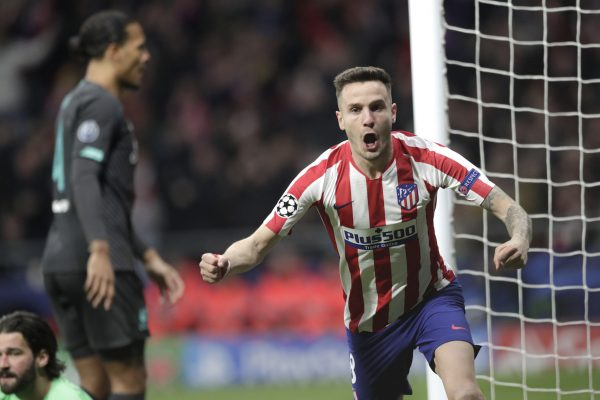 Saúl comemora o gol marcado na vitória sobre o Liverpool, em Madri.