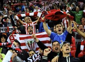 A torcida do Athletic lotou o San Mamés e fez uma grande festa