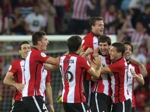 Os jogadores do Athletic, celebrando o gol de San José