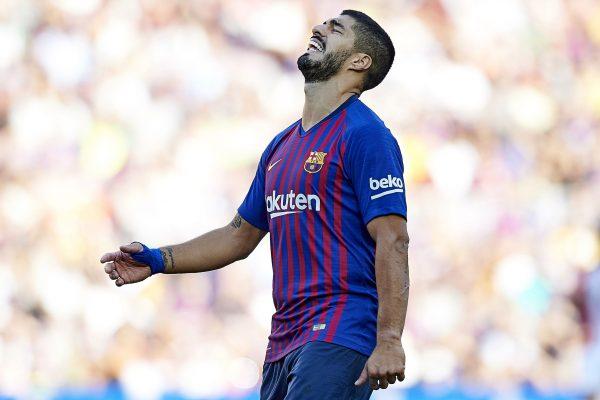 Suárez lamenta uma chance perdida contra o Athletic, no Camp Nou, pela Liga Espanhola