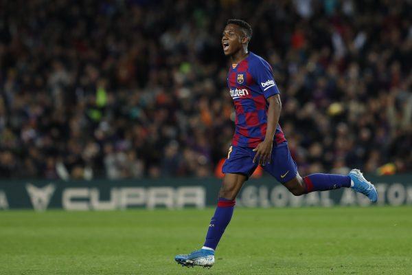 Ansu Fati comemora um dos gols que marcou contra o Levante, no Camp Nou, pela Liga Espanhola.