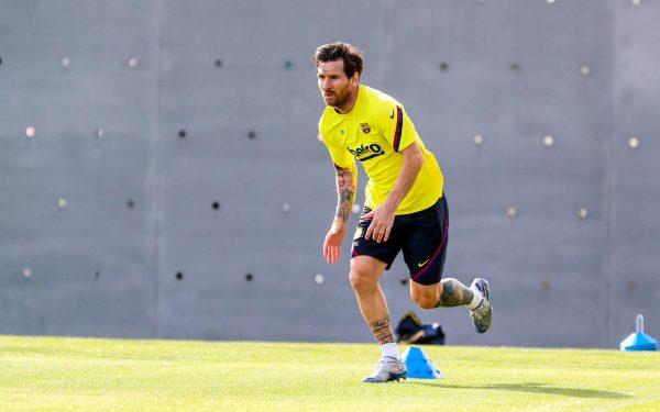 Messi no regresso ao trabalho após 57 dias de isolamento social.